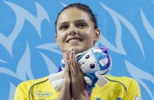 Студентка НУФВСУ Дарина Зевіна здобула дві золоті медалі у етапі Кубку світу з плавання в Москві