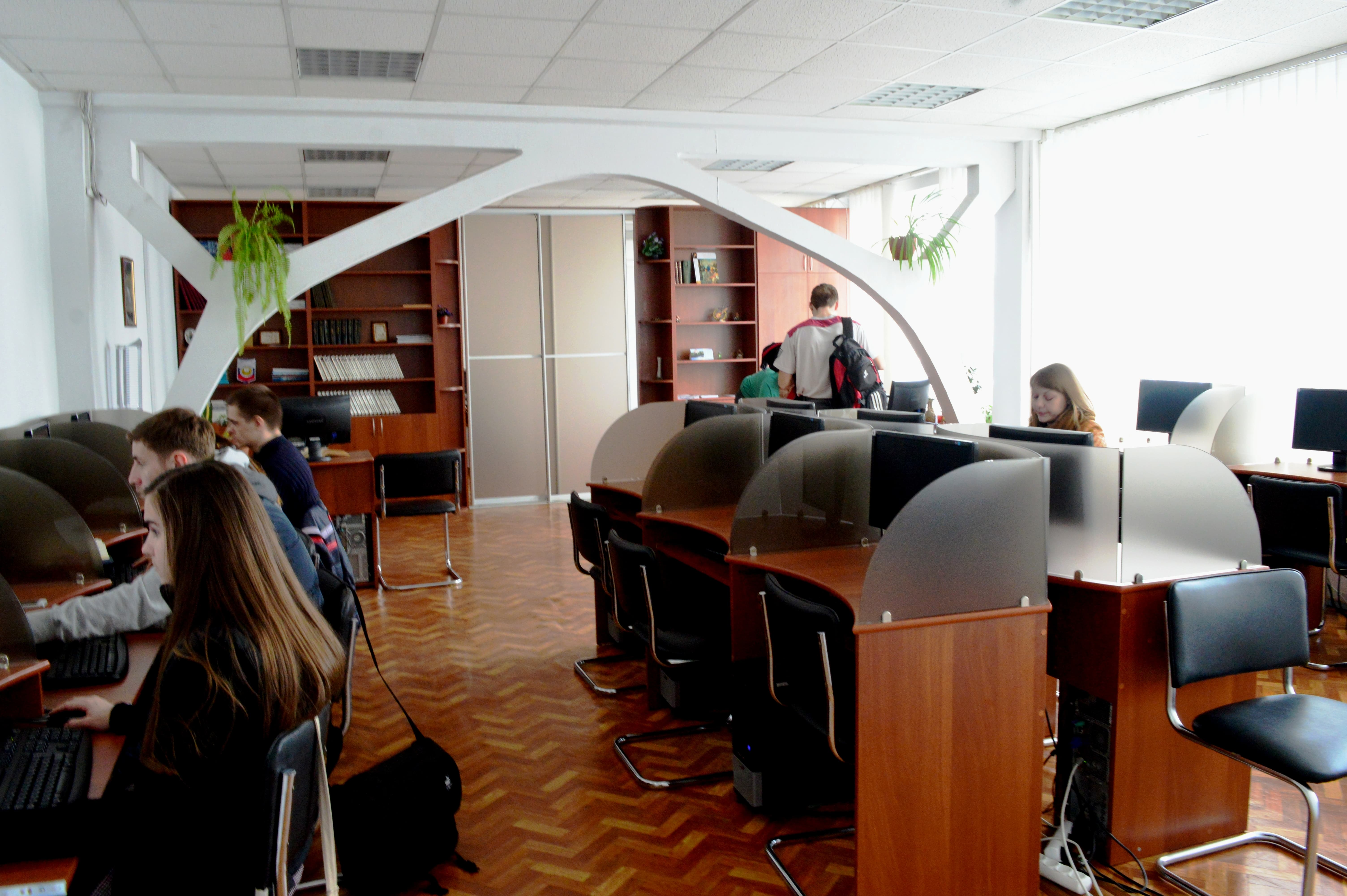 Бібліотека робота з електронними фондами