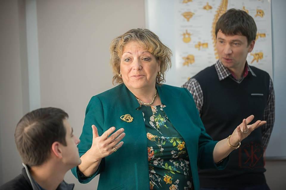 Запрошуємо на відкриту лекцію віце-президента Конгресу Українців Канади Ренати Роман